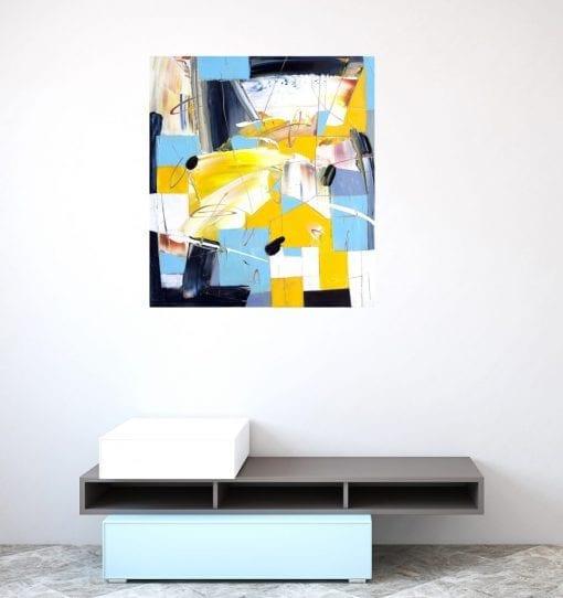 Abstract Mmovement Yellow Iinsitu